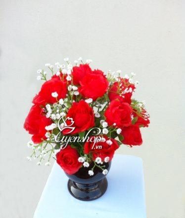 Hoa lụa, hoa giả Uyên shop, Nơi tình yêu bắt đầu