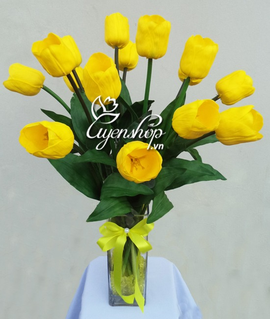tulip vang to - hoa lua - uyenshop