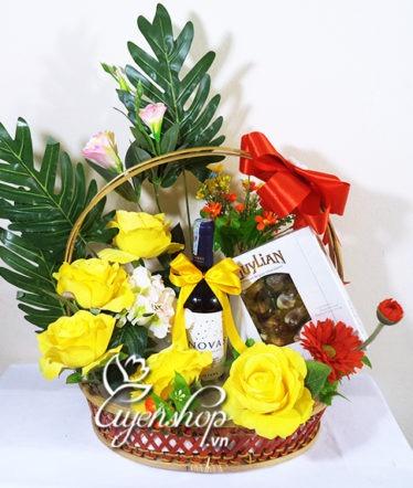 Hoa lụa, hoa giả Uyên shop, Giỏ quà Hạnh Phúc