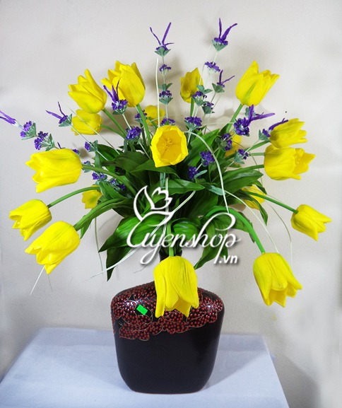 hoa tulip vàng - hoa lụa - uyenshop