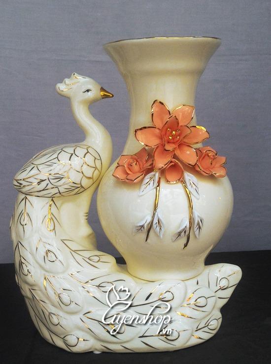 binh hoa chim cong