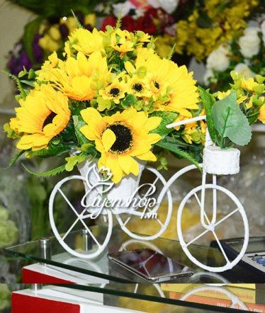 Hoa lụa, hoa giả Uyên shop, Xe đạp hoa Hướng Dương