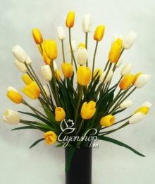 Hoa lụa, hoa giả Uyên shop, Nổi bật với hoa tulip vàng