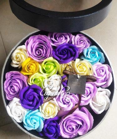 Hoa lụa, hoa giả Uyên shop, Hộp hồng nhiều màu