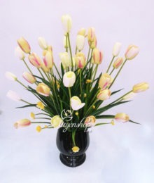 Hoa lụa, hoa giả Uyên shop, Bình hoa Tulip nhỏ