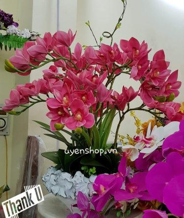 Hoa lụa, hoa giả Uyên shop, Địa Lan hồng kiêu sa
