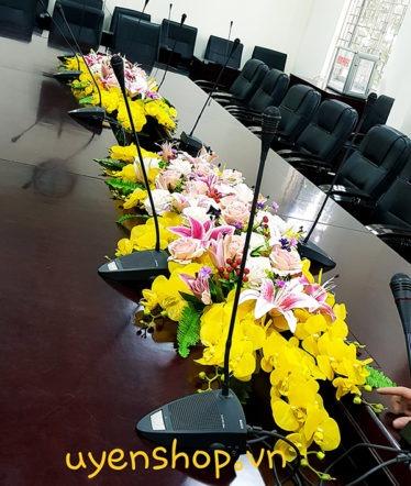 Hoa lụa, hoa giả Uyên shop, Hoa phòng họp dài đẹp