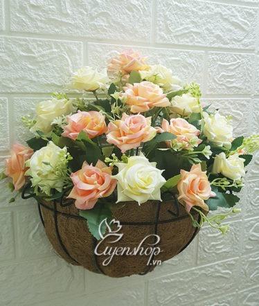 Hoa lụa, hoa giả Uyên shop, Giỏ treo tường Hoa Hồng