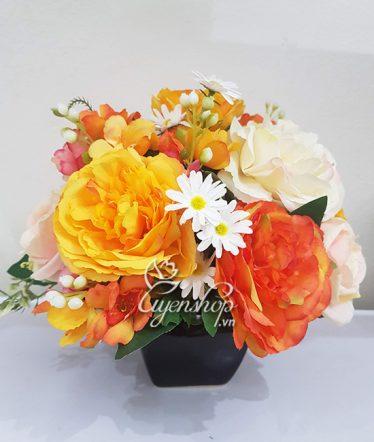Hoa lụa, hoa giả Uyên shop, Sắc vàng nổi bật