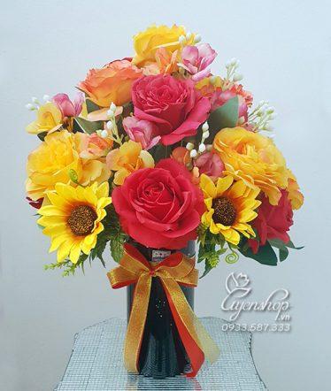 Hoa lụa, hoa giả Uyên shop, Bình hoa Rực Rỡ
