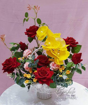 Hoa lụa, hoa giả Uyên shop, Giỏ Hoa Hồng Đỏ